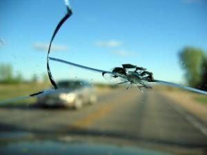 12412111-cracked-windshield-nj